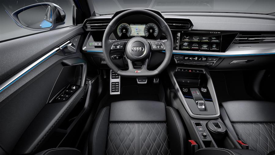 interni di audi a3 ibrida plug-in