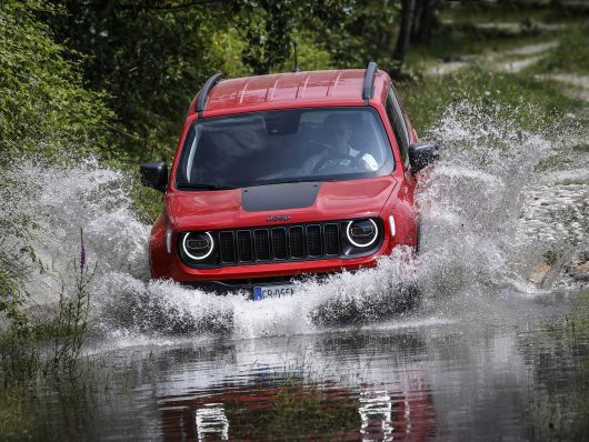 nuova Jeep Renegade 4xe off road