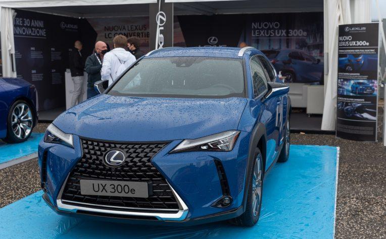 nuova Lexus UX elettrica Fleet Motor Day 2020