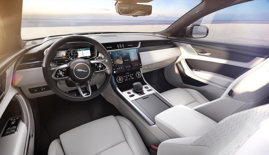 Interni di Jaguar XF restyling