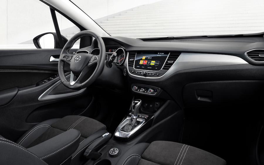 Interni di Opel Crossland 2021