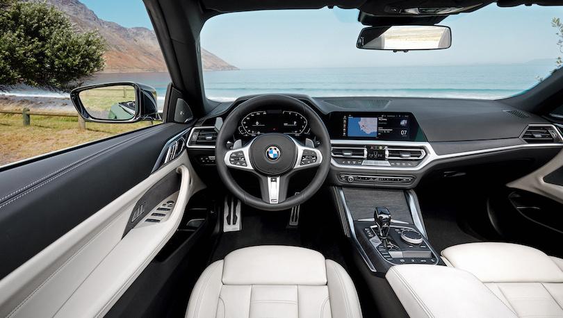 interni di BMW Serie 4 cabrio 2021