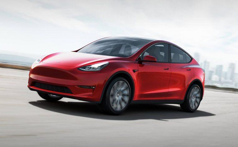 nuova Tesla Model Y 2021