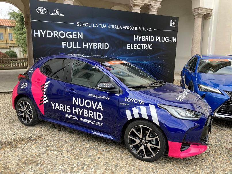 toyota yaris full hybrid giro d'italia 2020