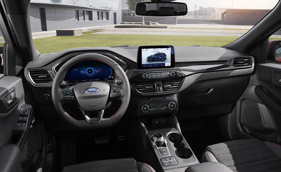Ford Kuga Fuul Hybrid plancia