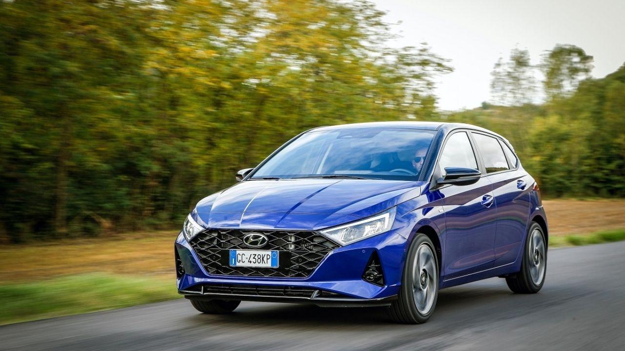 La nuova Hyundai i20 Hybrid ha ora un design più sportivo