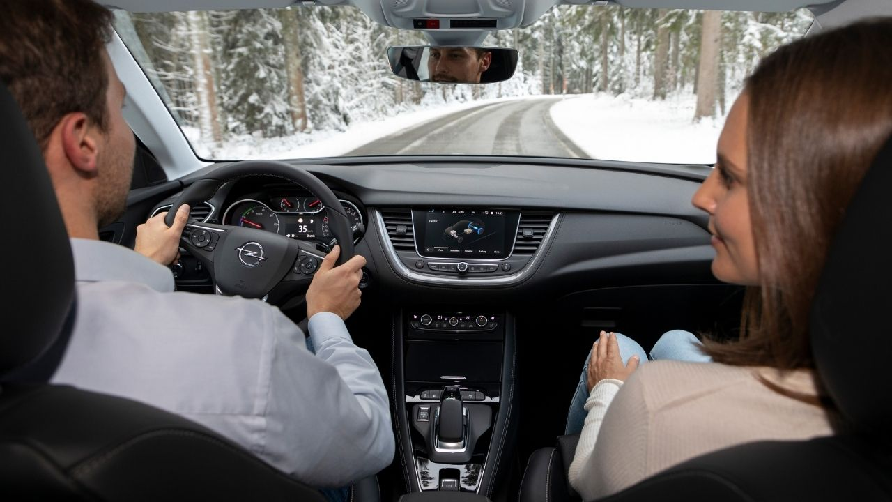 Opel Grandland X MY21 aggiorna la tecnologia