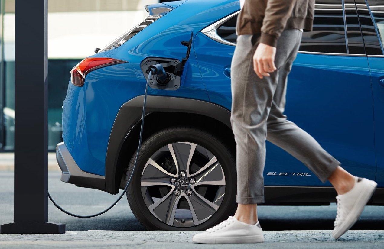 Recupero energia di Lexus UX300e