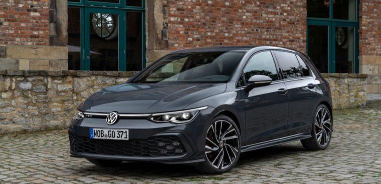 Il frontale della nuova Volkswagen Golf GTD