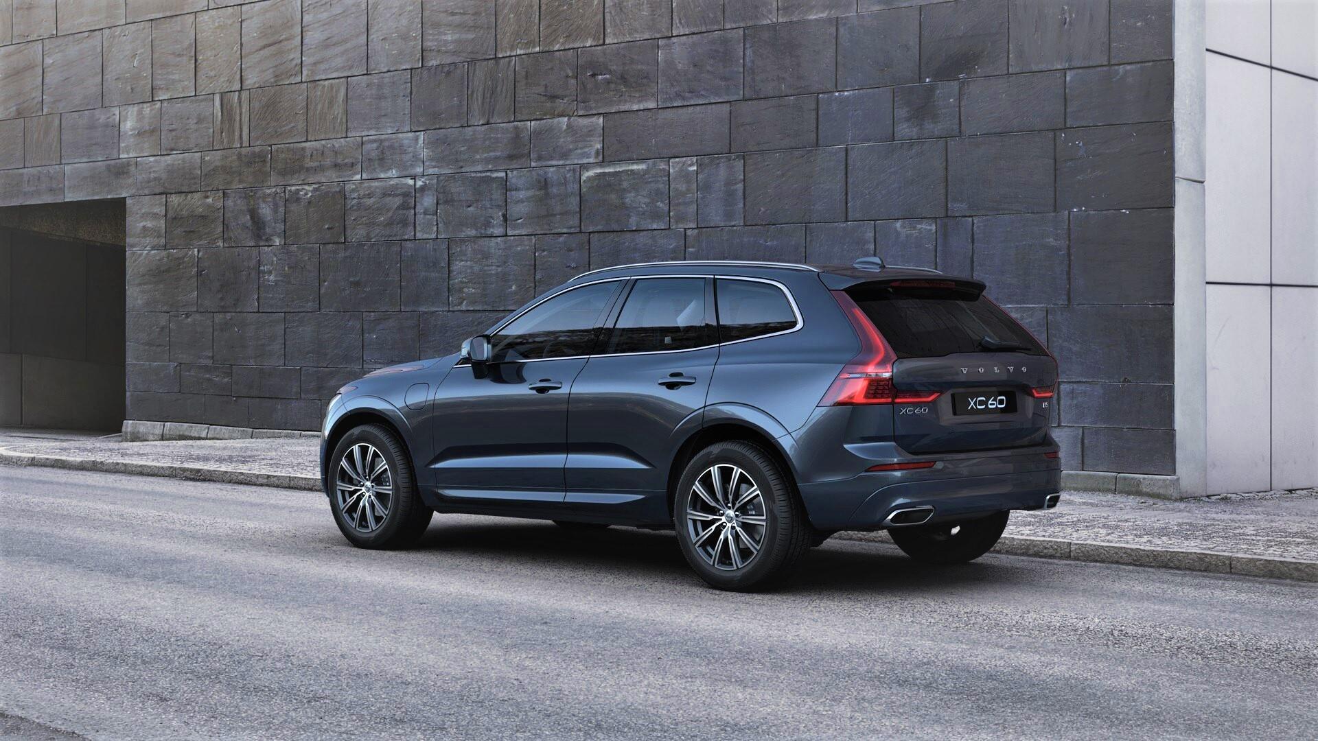 nuova Volvo XC60 2021