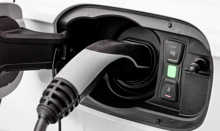auto ibride plug-in geofencing