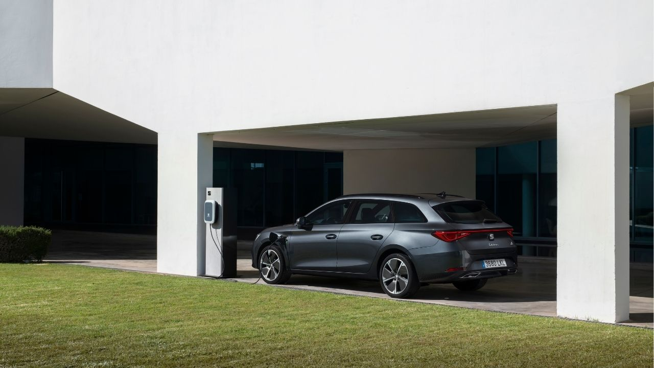 La nuova Seat Leon e-Hybrid