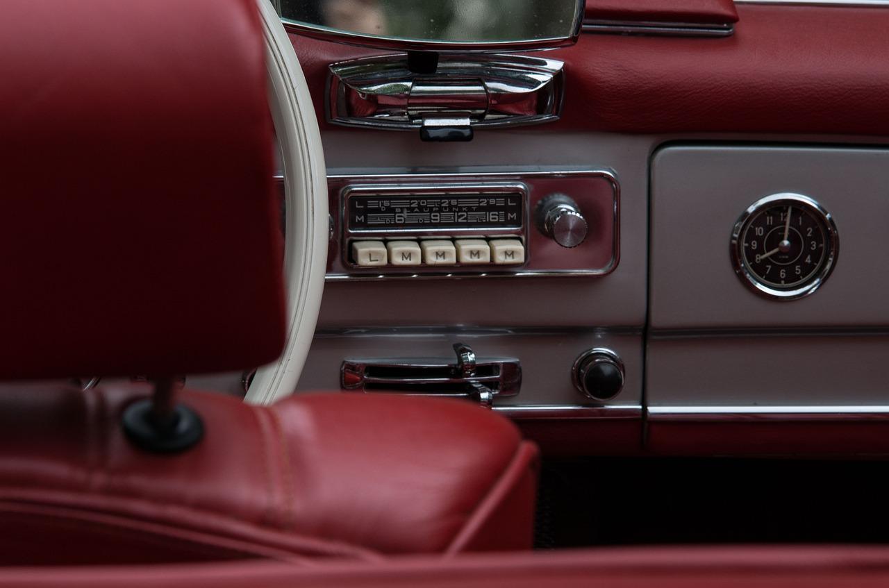 Le autoradio erano l'infotainment delle auot