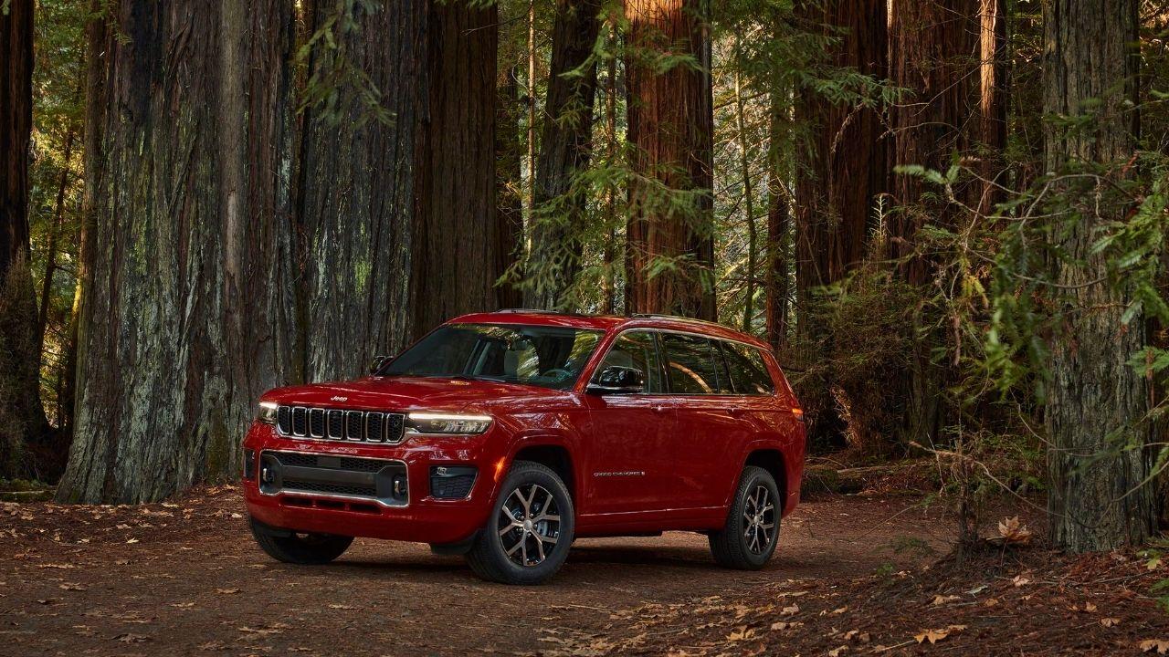 Jeep Grand Cherokee L 2021 in rosso