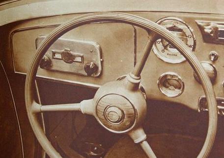 Il primo infotainment, l'autoradio, nacque nel 1930