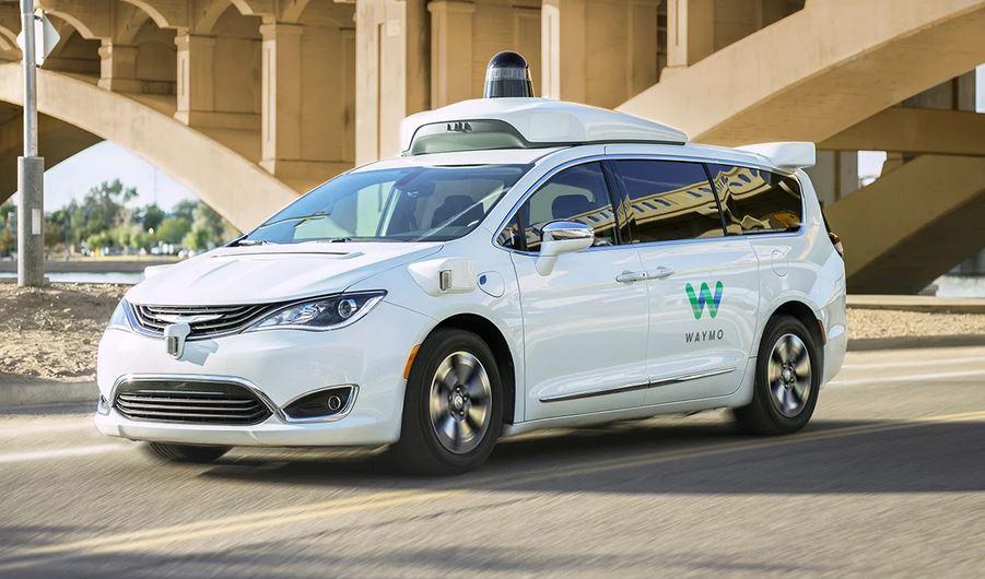 Waymo di Google è leader nello sviluppo della guida autonoma