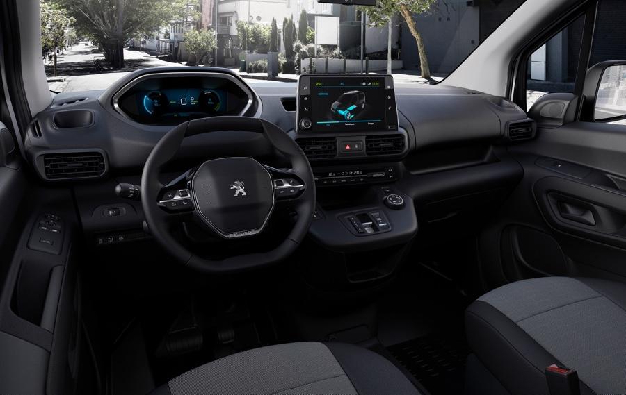 interni di Peugeot E-Partner