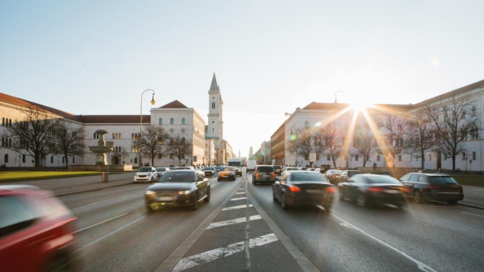 smart city geotab 5g AI