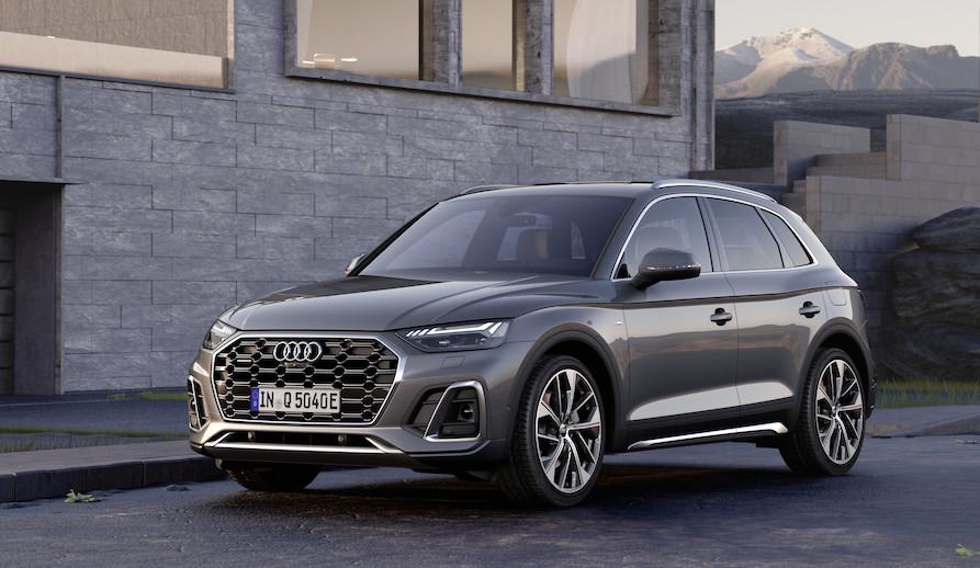 Audi Q5 TFSi e ibrida plug-in 2021