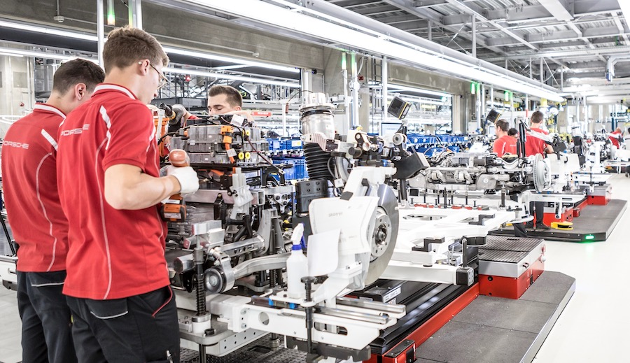 Produzione Taycan motore elettrico
