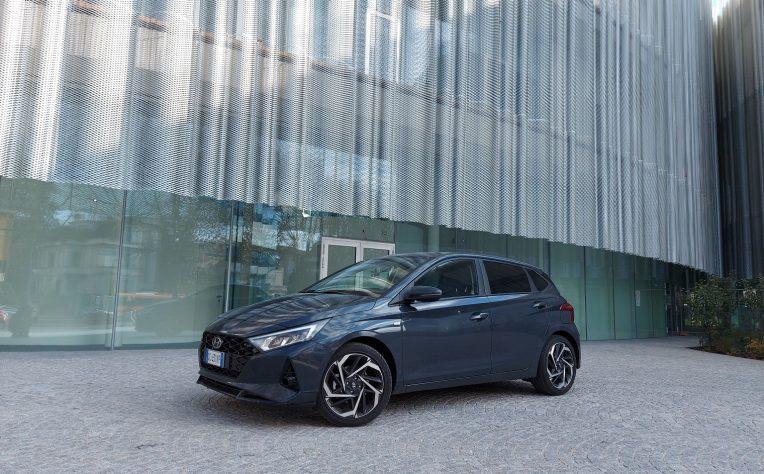 nuova Hyundai i20 Mild Hybrid test drive