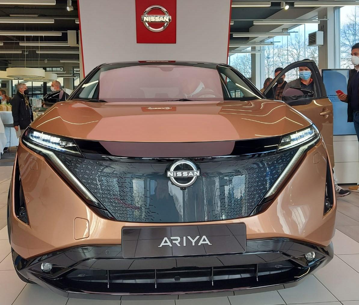 frontale nuova Nissan Ariya 2021