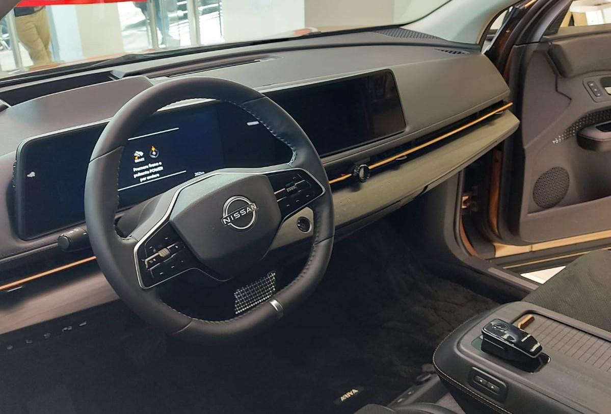 interni nuova Nissan Ariya