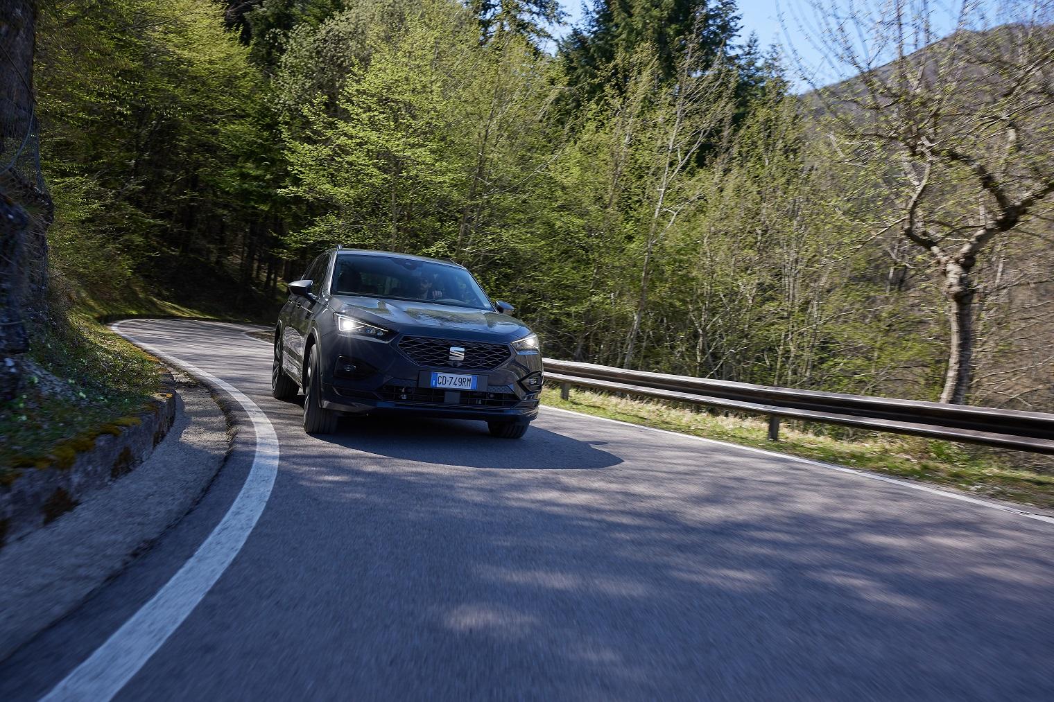 Guida nuova Seat Tarraco e-Hybrid