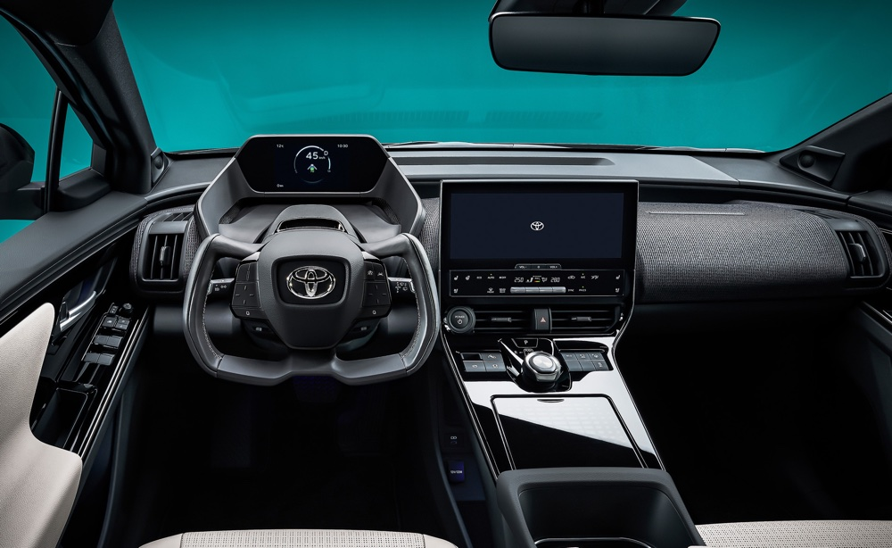 interni di Toyota bZ4X Concept