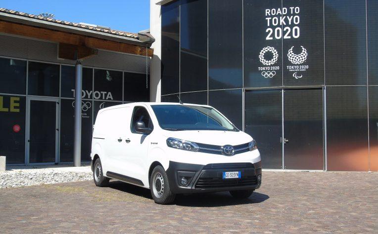 nuovo Toyota Proace Electric test drive primo contatto