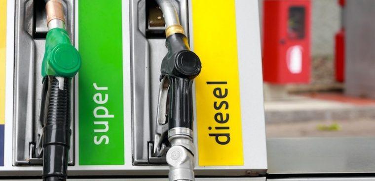 rincaro prezzi benzina e diesel