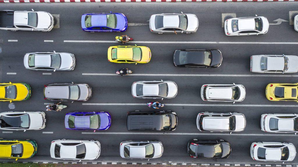 7 italiani su 10 non rispettano il codice della strada