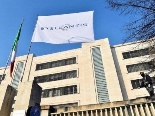 stellantis annuncia accordo con foxconn per mercato cinese