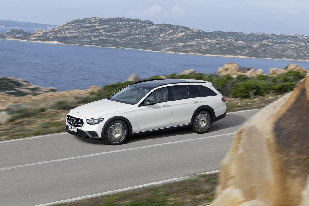 Esterni nuova Mercedes Classe E