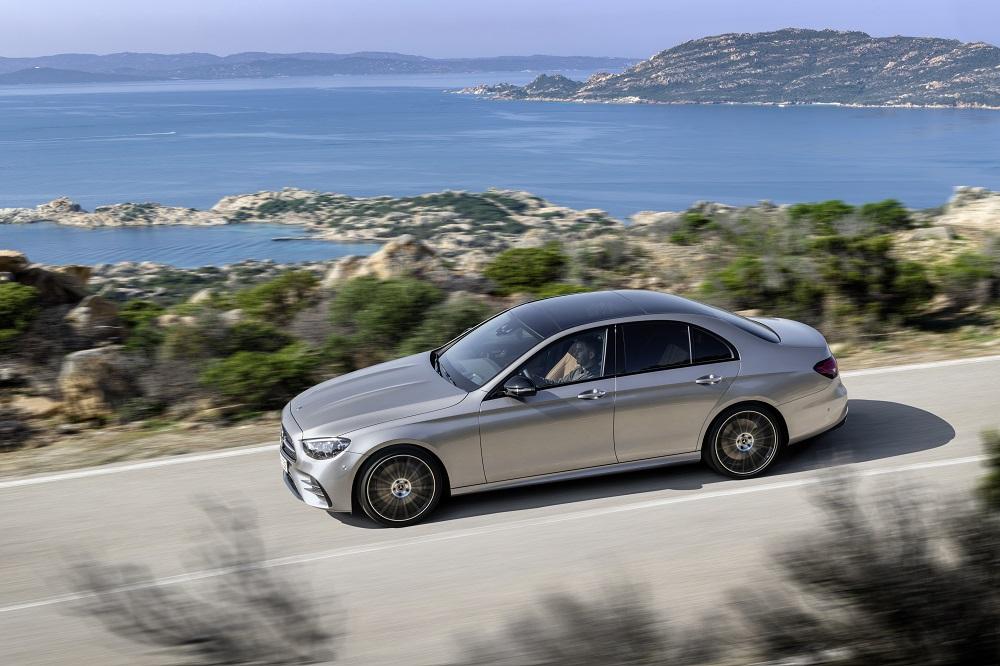 Motori nuova Mercedes Classe E