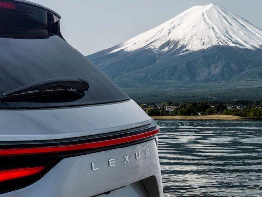 Nuova Lexus NX