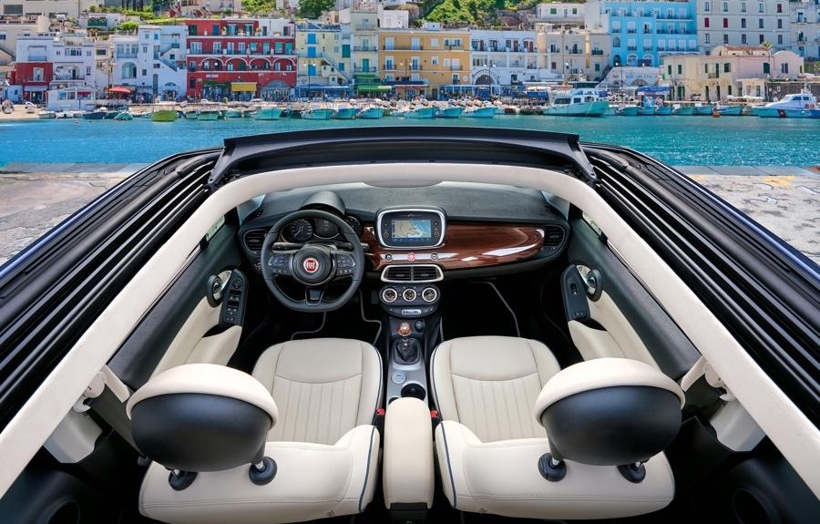 Interni di Fiat 500X Yachting