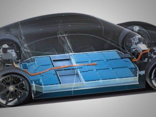 porsche produrrà le batterie in autonomia