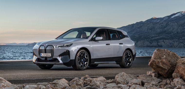 nuova BMW iX