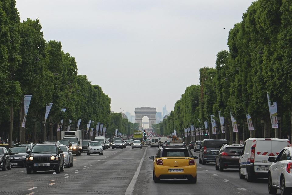 proteste-limiti-velocità-parigi