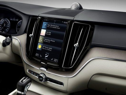 Autonomia in elettrico ottimizzata con l'app Range Assistant di Volvo